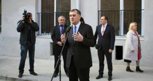 თბილისში ახალაშენებულ კორპუსში 132 დევნილ ოჯახს ბინები გადაეცა
