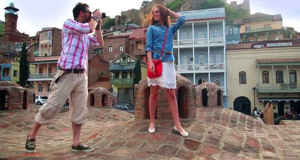 უცხოელი ტურისტები ქართულ სასტუმროებს გაურბიან