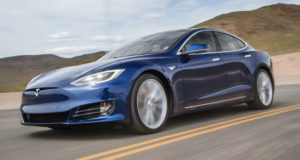 Tesla-მ მსოფლიოში ყველაზე სწრაფი ავტომობილი წარადგინა