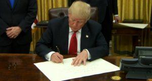 დონალდ ტრამპმა ტრანსატლანტიკური პარტნიორობიდან აშშ-ის ოფიციალურად გასვლას ხელი მოაწერადონალდ ტრამპმა ტრანსატლანტიკური პარტნიორობიდან აშშ-ის ოფიციალურად გასვლას ხელი მოაწერა