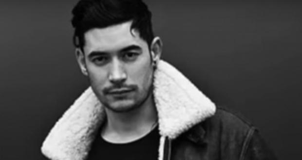 ბრიტანელ DJ-ის მუსლიმური ლოცვის გარითმვის გამო ერთი წელი შეუფარდეს