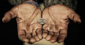 დაუძლეველი სიღარიბე და მისგან გამოწვეული პრობლემები საქართველოში