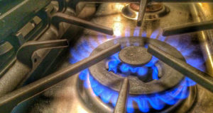 """გაზის ხარისხი უარესდება, მომხმარებელს """"ზედმეტის"""" გადახდა წელსაც მოუწევს"""