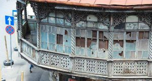 თბილისის განვითარების ფონდი დადიანის N34-ში საცხოვრებელი სახლის სარეაბილიტაციო სამუშაოებს ახორციელებს