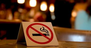 შსს - ორი პირი კაფეში მოწევის შეწყვეტაზე პოლიციის მოთხოვნას არ დაემორჩილა, რის გამოც დააკავეს
