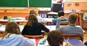 საფრანგეთში სექტემბრიდან დაწყებით და საშუალო კლასებში მობილური ტელეფონების გამოყენება აიკრძალება