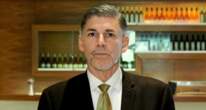 QNET-ის ტოპ მენეჯერი: კომპანიის ფინანსურ პირამიდასთან შედარება ნონსენსია