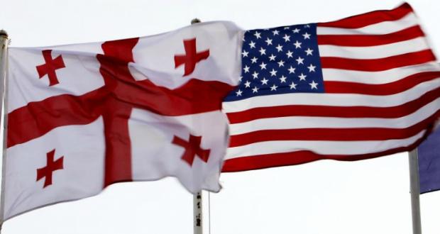 აშშ-ის საელჩო უცხოელებს საქართველოში ზაფხულის გატარებას ურჩევს